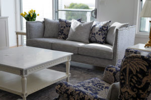 Hamptons sofa in grey with scalloped and studded edges