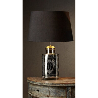 Classic French table lamp