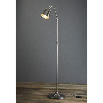 Traditional floor lamp