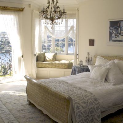 Classic & Traditional Styles Home Bedroom