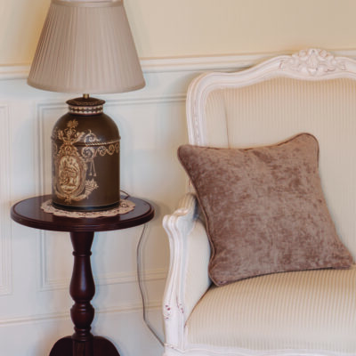 Traditional Table Lamp with French Classic Antique White Armchair