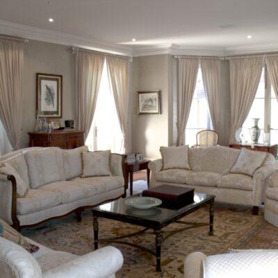 Classic & Elegant Living Room