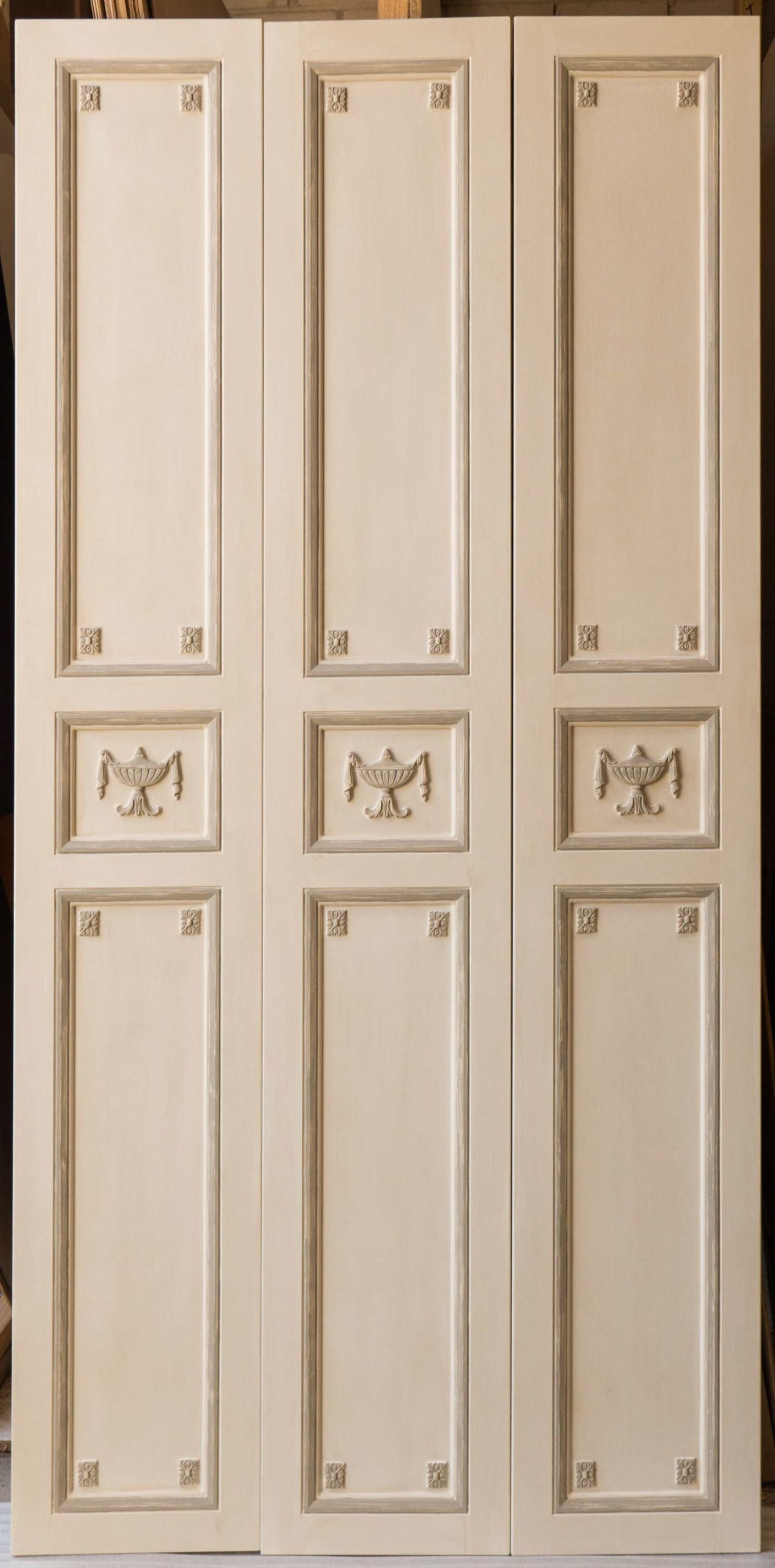 30 French classical Louis door design and interiors