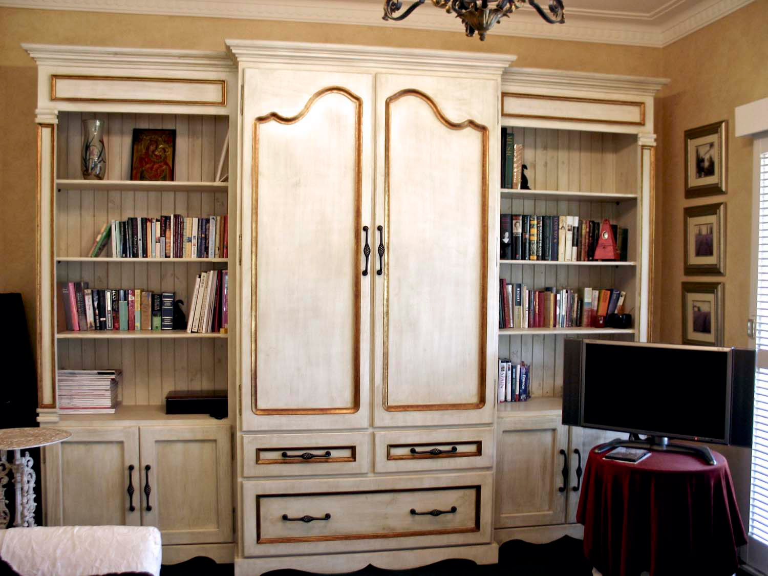 33 French classical Louis door design and interiors