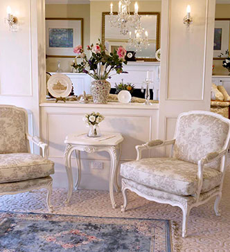 French Louis Provincial Furniture Luxury High Quality Custom Fabric Finish